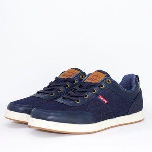 Men's Levi's Comfort Sneakers Size 9.5 NEW